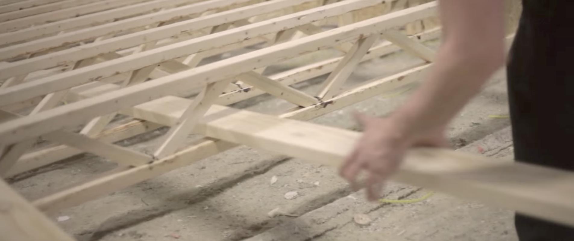 Bonneville modular home floor with strongback
